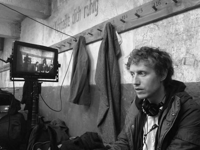 Portrait de Laszlo Nemes sur le plateau de son film Le fils de Saul - Entretien - Avant-Scène Cinéma