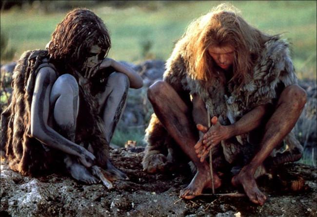2 Néanderthaliens de la Guerre du feu de Jean-Jacques Annaud