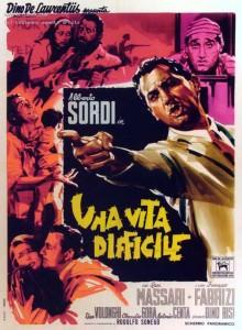 Affiche italienne du film Une vie difficile de Dino Risi